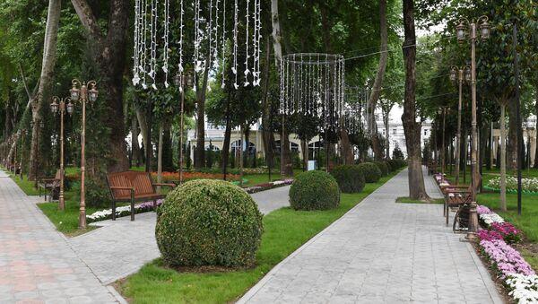 Парк имени Кира Великого в Душанбе - Sputnik Тоҷикистон
