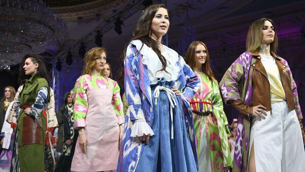 Дни арабской моды в Москве - Sputnik Таджикистан