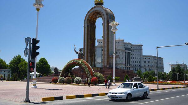 Украшение города Душанбе перед саммитом лидеров стран Совещания по взаимодействию и мерам доверия в Азии - Sputnik Тоҷикистон