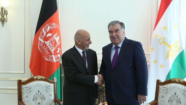 Президент Таджикистана Эмомали Рахмон и президент Исламской Республики Афганистан Мухаммад Ашраф Гани - Sputnik Тоҷикистон