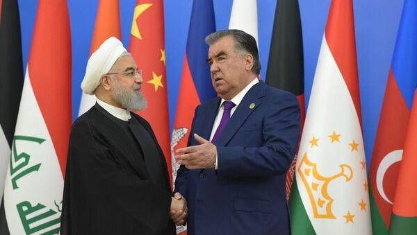 Президент Ирана Хасан Роухани и президент Таджикистана Эмомали Рахмон - Sputnik Тоҷикистон