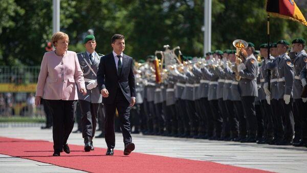 Визит Президента Украины Владимира Зеленского в Федеративную Республику Германия - Sputnik Таджикистан