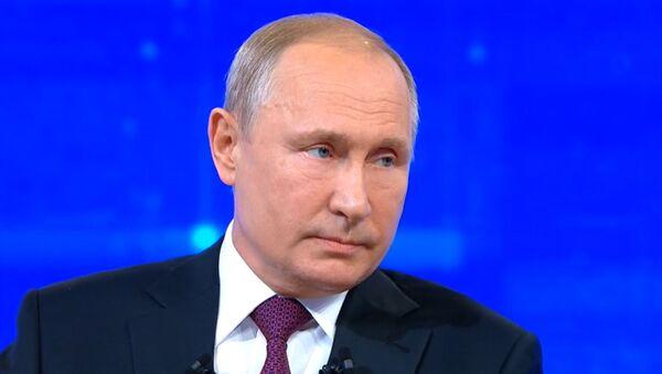 Прямая линия с президентом РФ В. Путиным - Sputnik Таджикистан