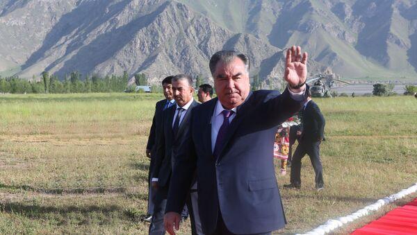 Рабочая поездка президента Таджикистана Эмомали Рахмона  - Sputnik Тоҷикистон