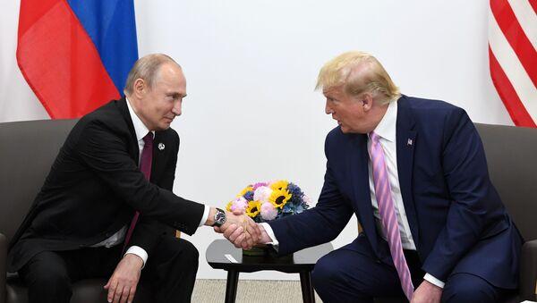 Рабочий визит президента РФ В. Путина в Японию для участия в саммите Группы двадцати - Sputnik Тоҷикистон