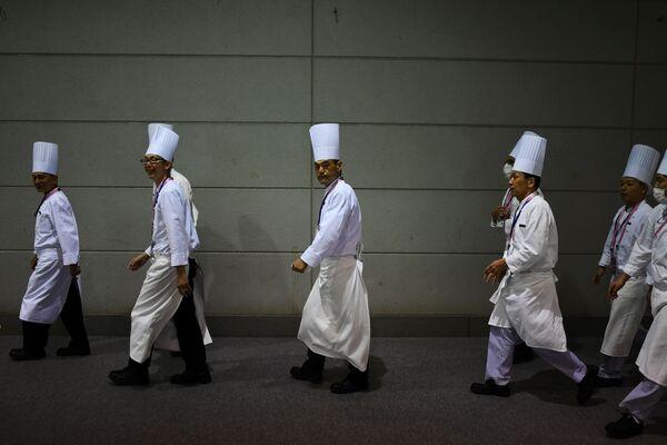 Повара за кулисами саммита G20 в Осаке - Sputnik Таджикистан