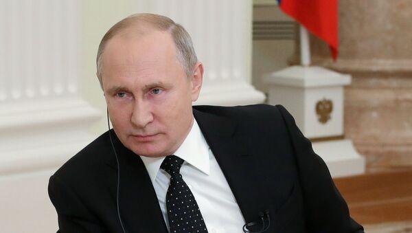 Интервью президента РФ В. Путина газете Financial Times - Sputnik Таджикистан