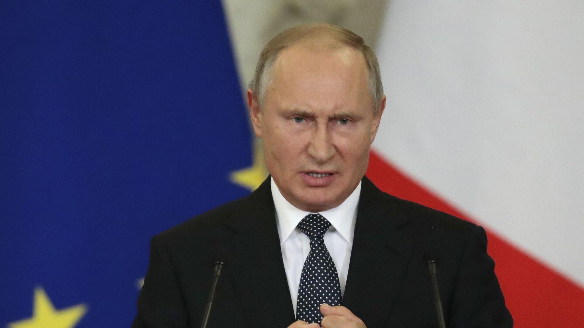 Президент РФ Владимир Путин - Sputnik Таджикистан, 1920, 20.07.2021