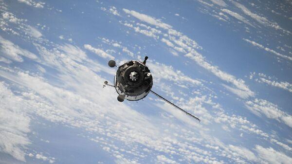 Космический спутник, архивное фото - Sputnik Таджикистан