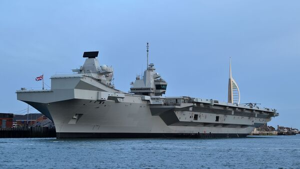 Авианосец ВМС Великобритании Queen Elizabeth  - Sputnik Таджикистан