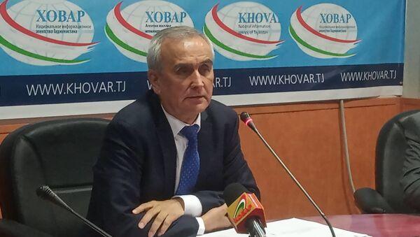 Глава Комитета по архитектуре и строительству Джамшед Ахмадзода - Sputnik Тоҷикистон