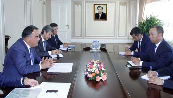 Встреча Раджаббоя Ахмадзода с главой китайской компании ТАЛКО ГОЛД - Sputnik Тоҷикистон