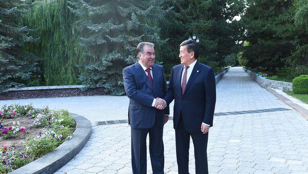 Переговоры президентов Таджикистана и Кыргызстана в Чолпон-Ата - Sputnik Тоҷикистон