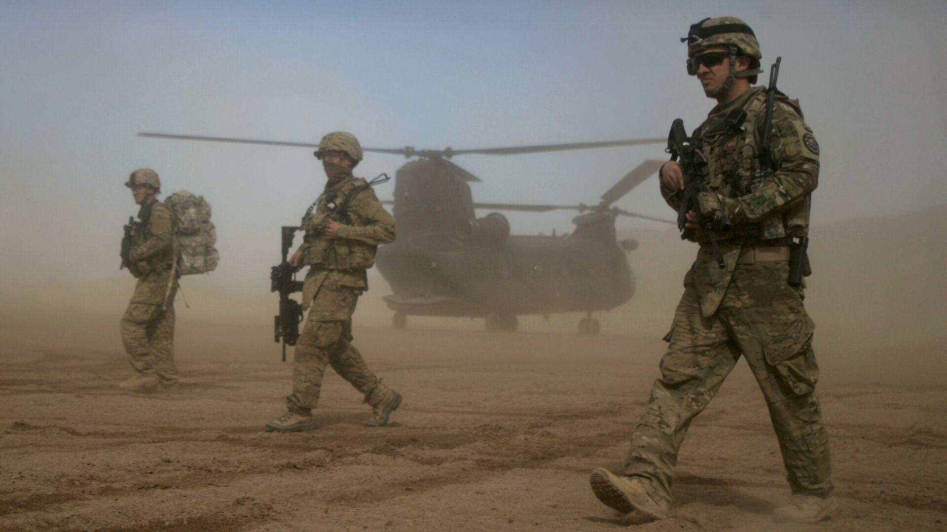 Военнослужащие США в Шинданде, Афганистан - Sputnik Таджикистан, 1920, 02.07.2021