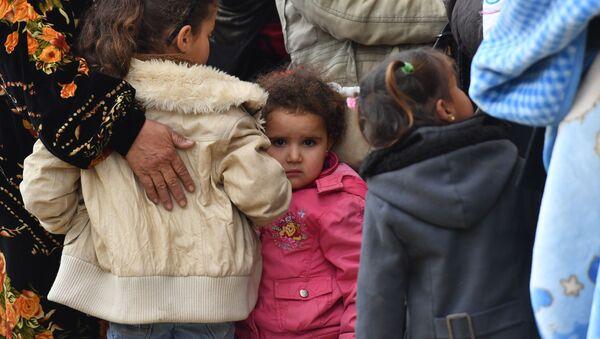 Беженцы, архивное фото - Sputnik Таджикистан