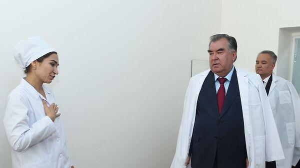 Открытие новых филиалов в центральной больнице Ховалинского района - Sputnik Тоҷикистон