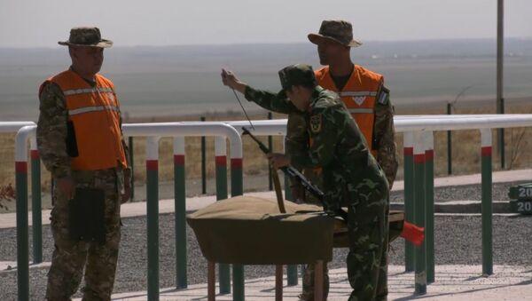 АрМИ-2019: спецназ в белых халатах  - Sputnik Таджикистан