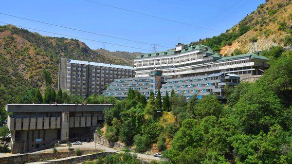 Курорт Ходжи Оби Гарм в Таджикистане - Sputnik Таджикистан
