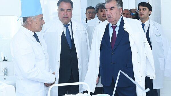 Эмомали Рахмон открыл в Горно-Матчинском районе центральную больницу - Sputnik Тоҷикистон
