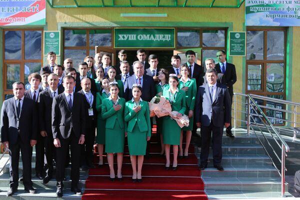 Эмомали Рахмон открыл в Горно-Матчинском районе Амонатбанк - Sputnik Таджикистан