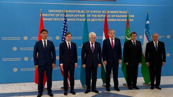 Министр иностранных дел Республики Таджикистан Сироджиддин Мухриддин принял участие в работе Встречи высокого уровня С5+1 - Sputnik Таджикистан