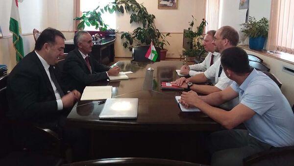 Встреча председателя ГБАО с представителями германского банка - Sputnik Тоҷикистон
