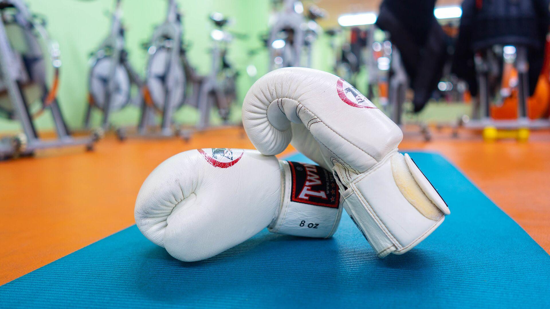 Боксерские перчатки, архивное фото - Sputnik Тоҷикистон, 1920, 19.04.2021
