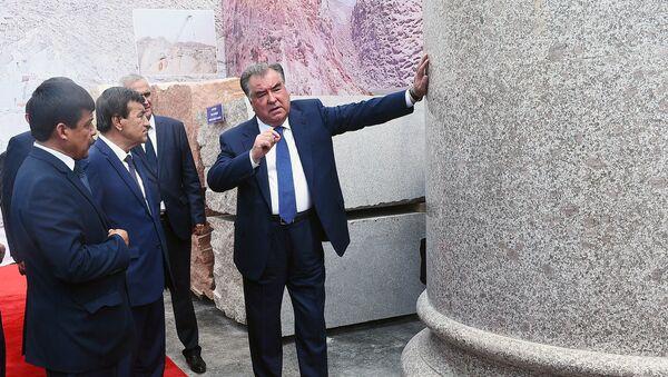 Открытие предприятия по обработке камня и мрамора ООО Хоро Худжанд - Sputnik Тоҷикистон