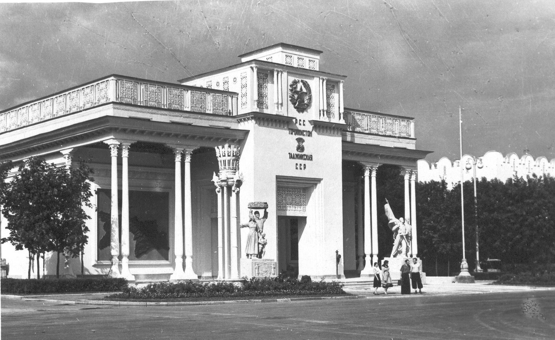 Павильон Таджикской ССР на ВДНХ, архивное фото - Sputnik Тоҷикистон, 1920, 06.10.2021