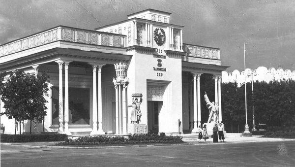 Павильон Таджикской ССР на ВДНХ, архивное фото - Sputnik Таджикистан