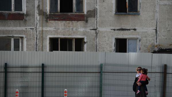 Снос последней пятиэтажки серии К-7 - Sputnik Таджикистан