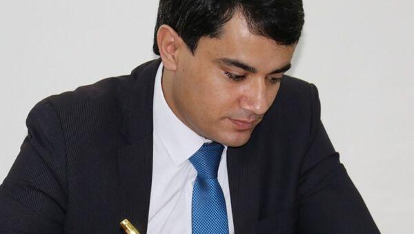 Пресс-секретарь Минобразования и науки республики Таджикистан Эхсони Хушбахт - Sputnik Тоҷикистон