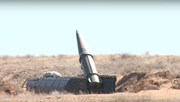 Пуск ракеты Искандер - Sputnik Таджикистан