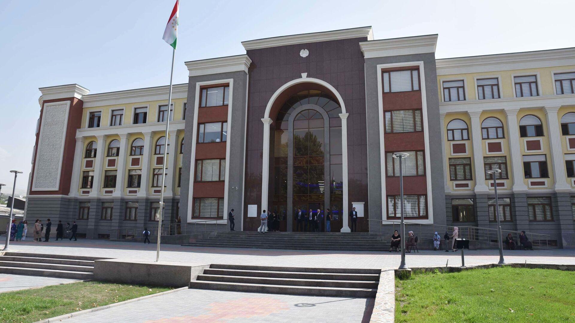 Лицей №3 в городе Душанбе - Sputnik Таджикистан, 1920, 04.09.2021