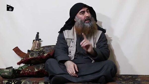 Лидер Исламского государства* Абу Бакр аль-Багдади - Sputnik Таджикистан