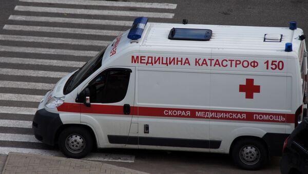 Автомобиль скорой медицинской помощи, архивное фото - Sputnik Таджикистан