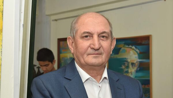 Народный поэт Таджикистана Гулназар Келди - Sputnik Тоҷикистон