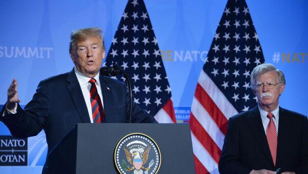 Пресс-конференция президента США Д. Трампа на саммите НАТО - Sputnik Таджикистан