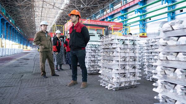Алюминиевый завод ТАЛКО-КРАНТАС в городе Турсунзаде - Sputnik Таджикистан