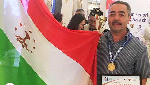 Чемпион Таджикистана по шахматам 2019 года Джамшед Исоев  - Sputnik Таджикистан