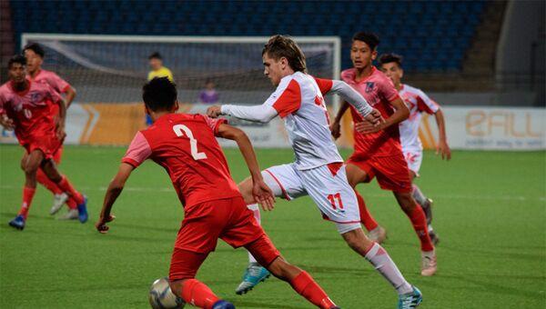 Юношеская сборная Таджикистана в матче против Непала - Sputnik Тоҷикистон