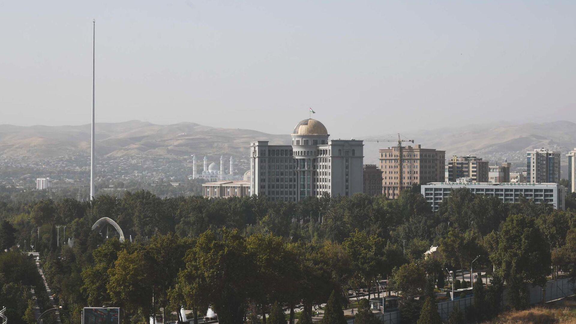 Пыльная буря в Душанбе - Sputnik Тоҷикистон, 1920, 28.07.2021