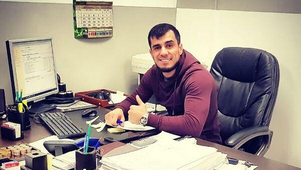 Житель Иркутска Шамс Ширинов занимается благотворительностью - Sputnik Таджикистан