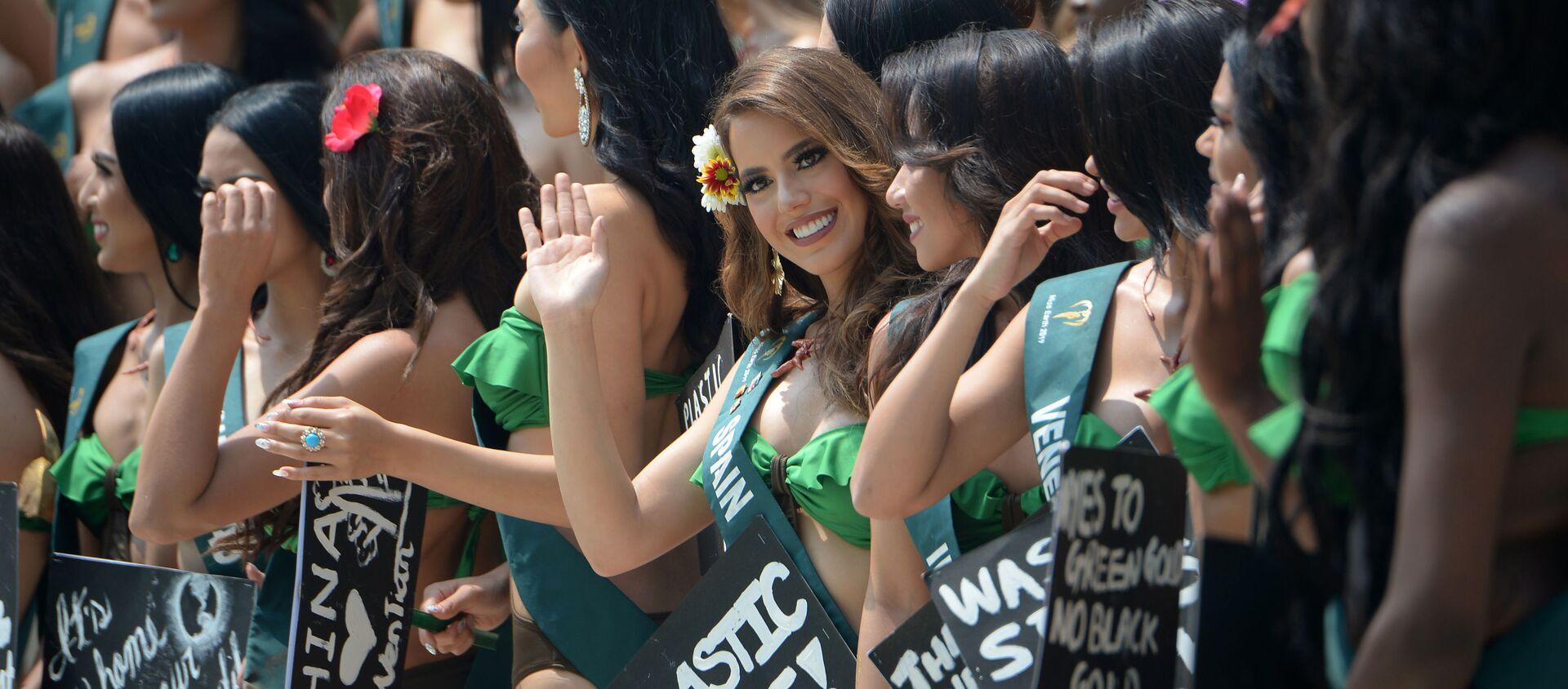 Кандидатки на звание Мисс Земля 2019 на экологической акции на Филиппинах - Sputnik Таджикистан, 1920, 03.09.2020