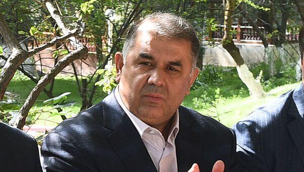 Хасан Асадуллозода, глава Ориёнбанка - Sputnik Тоҷикистон