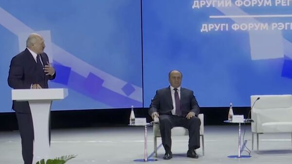 Зеленский напугал Лукашенко - видео - Sputnik Тоҷикистон