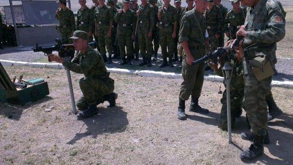 Российские инструкторы обучили около 500 военнослужащих армии Таджикистана  - Sputnik Тоҷикистон