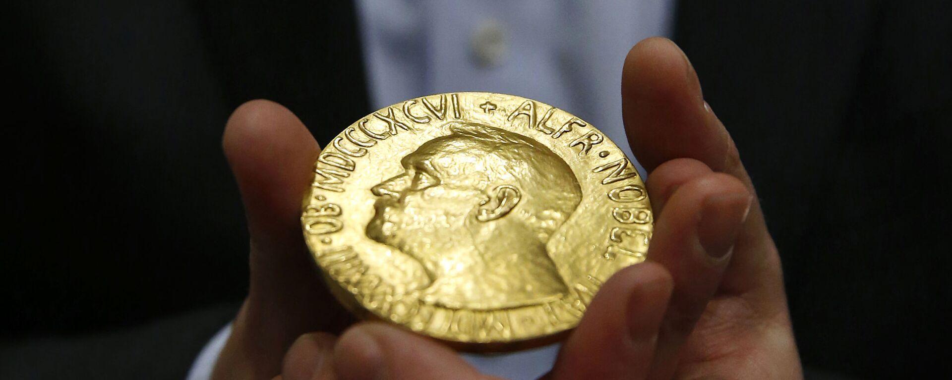 Медаль Нобелевской премии мира - Sputnik Тоҷикистон, 1920, 06.10.2021