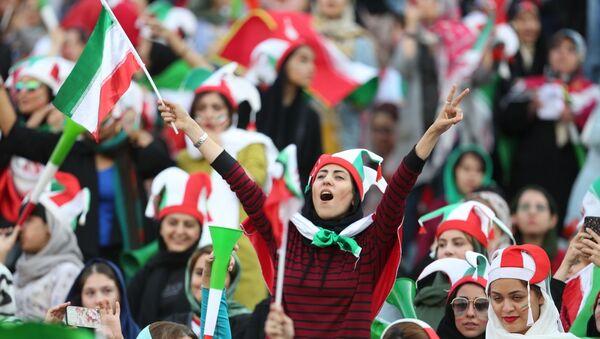 Иранские болельщицы на Чемпионате мира по футболу - Sputnik Таджикистан