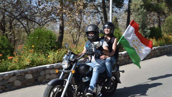 Закрытие мотосезона в Душанбе - Sputnik Таджикистан